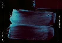 Im Dunkeln zeigt sich das Wesentliche. arteschocken Postkarte von Anja Schneider