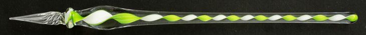 Handgearbeitete Glasfeder, Hellgrün / Weiß